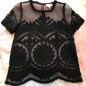 L'atiste by Amy Black Embroidered Top Sz M